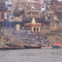 Manikarnika ghat dove avvengono le cremazioni